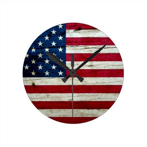 Cool Distressed American Flag Wood Rustic Round Clocks