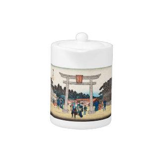 Cool japanese vintage ukiyo-e tori gate village teapot