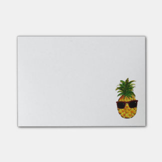 Cool pineapple post-it notes