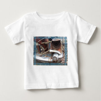 Cool Retro Junk Car T-shirt