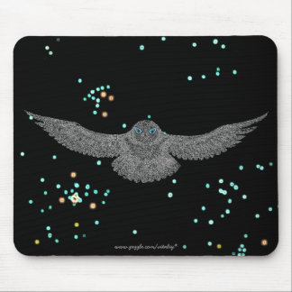 Cool snowy owl mousepad design