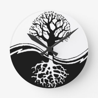 cool tree in black and white round clock