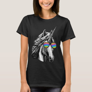 Cool unicorn with rainbow sunglasses T-Shirt