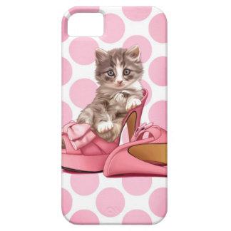 Coon de Maine en deslizador rosado del arco iPhone 5 Carcasas