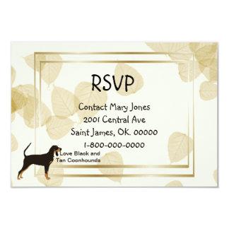 """Coonhound negro y del moreno en las hojas del invitación 3.5"""" x 5"""""""