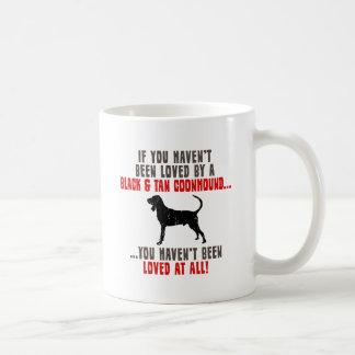 Coonhound negro y del moreno tazas