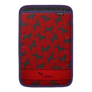 Coonhounds negros rojos conocidos personalizados funda  MacBook