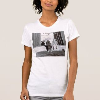 coonskin kid and girl t-shirt