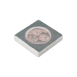 Coookies del microprocesador de chocolate en una imán de piedra