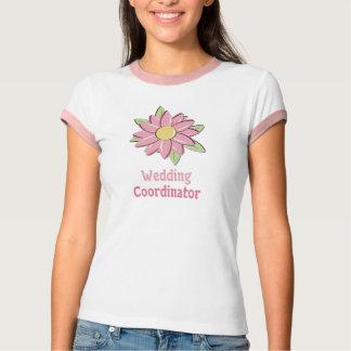 Coordinador rosado del boda de la flor remera