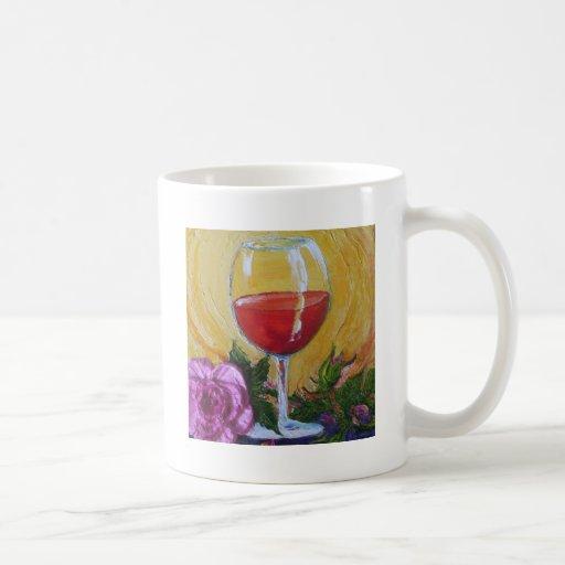 Copa de vino roja y color de rosa rosado taza