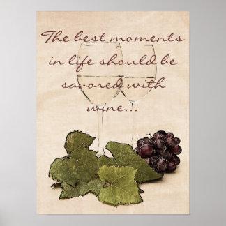copas de vino con el poster de las uvas