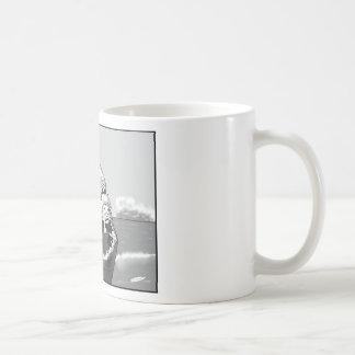 Copia del tiburón 4 del muchacho taza de café