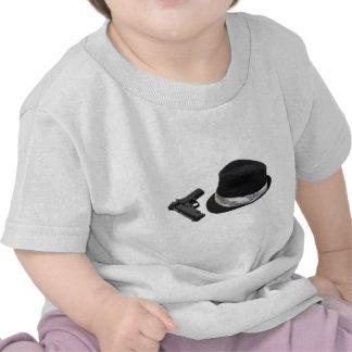 Copia FedoraAndGun080709 Camiseta