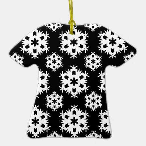 Copo de nieve 2 blanco y negro adorno de cerámica en forma de playera