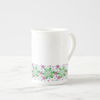 Copo de nieve colorido del navidad taza de porcelana