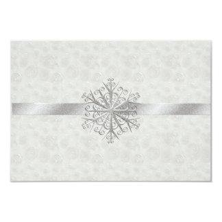 Copo de nieve del blanco puro y de la plata que invitación 8,9 x 12,7 cm