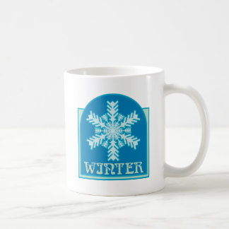 Copo de nieve del invierno taza básica blanca