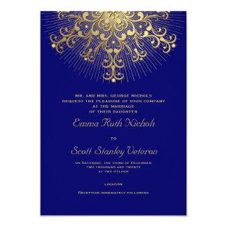 """Copo de nieve del oro en el boda elegante azul del invitación 5"""" x 7"""""""