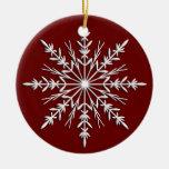 Copo de nieve en el ornamento redondo anticuado ro ornamente de reyes
