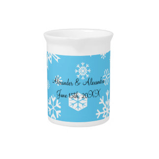 Copos de nieve azules que casan favores jarras de beber