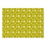 Copos de nieve blancos en el oro invitación 12,7 x 17,8 cm