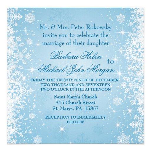 Copos de nieve blancos en la invitación azul del