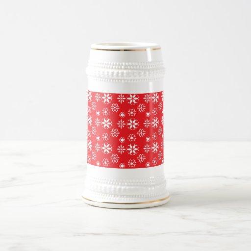 Copos de nieve blancos en rojo jarra de cerveza