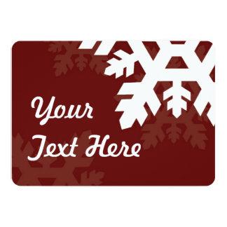 """Copos de nieve brillantes, blancos contra rojo invitación 5"""" x 7"""""""