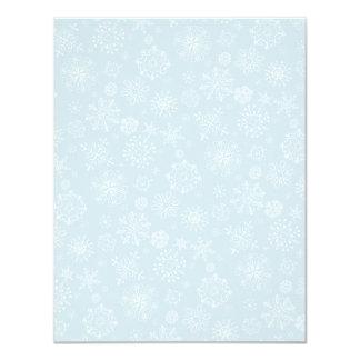 """Copos de nieve congelados bosquejo retro en azules invitación 4.25"""" x 5.5"""""""