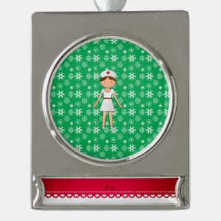 Copos de nieve conocidos personalizados del verde adornos navideños plateados