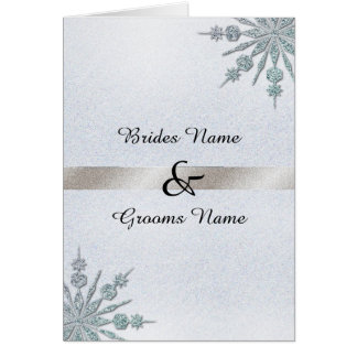 Copos de nieve cristalinos que casan la invitación tarjeta de felicitación