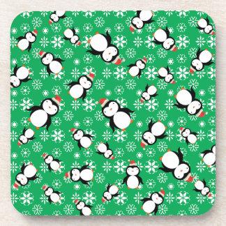 Copos de nieve del verde del pingüino de Santa Posavaso