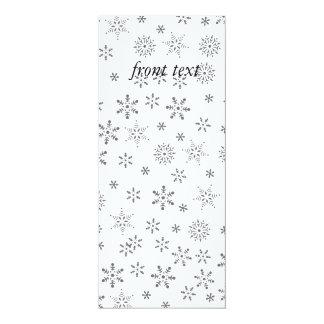 """Copos de nieve en el fondo blanco invitación 4"""" x 9.25"""""""