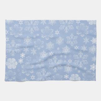 Copos de nieve escarchados (nevadas) - blanco azul toalla