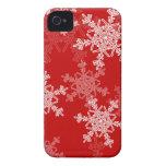Copos de nieve femeninos del navidad rojo y blanco Case-Mate iPhone 4 protectores