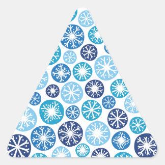 Copos de nieve festivos pegatina de triangulo