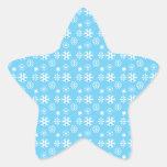 Copos de nieve mojados en azul etiquetas