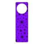 Copos de nieve - negro en violeta colgantes para puertas