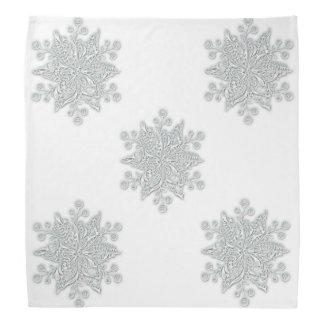 Copos de nieve plateados bandana