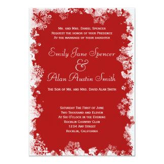 Copos de nieve rojos que casan la invitación