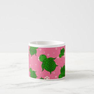 Copos de nieve rosados de mar verde del navidad taza espresso