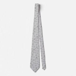 Copos de nieve tridimensionales de plata en un corbata personalizada