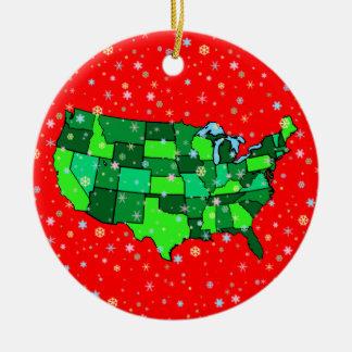 Copos de nieve y mapa en colores pastel alegres de adornos de navidad