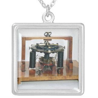 Copy of the electro-magnetic 'macchinetta' square pendant necklace