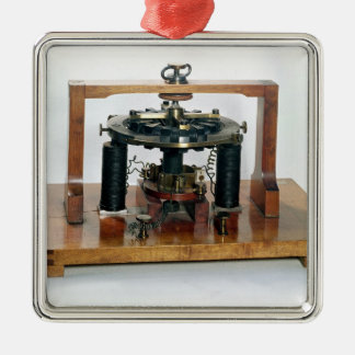 Copy of the electro-magnetic 'macchinetta' square metal christmas ornament