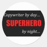 Copywriter del super héroe pegatina redonda