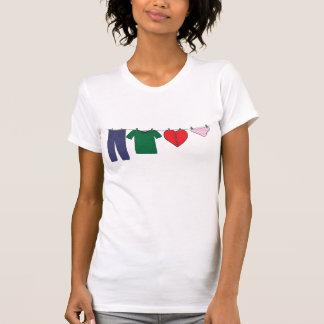 Coração no Varal T-shirts