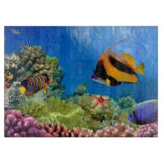 Coral colorido y pescados tropicales tablas de cortar