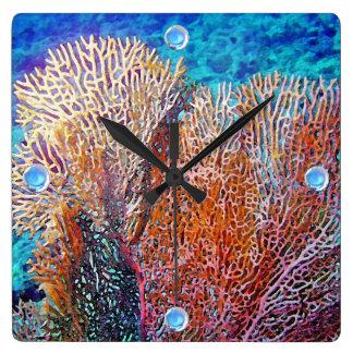 Coral de la fan reloj cuadrado